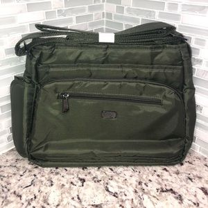 Lug infinity collection In Olive New with tags